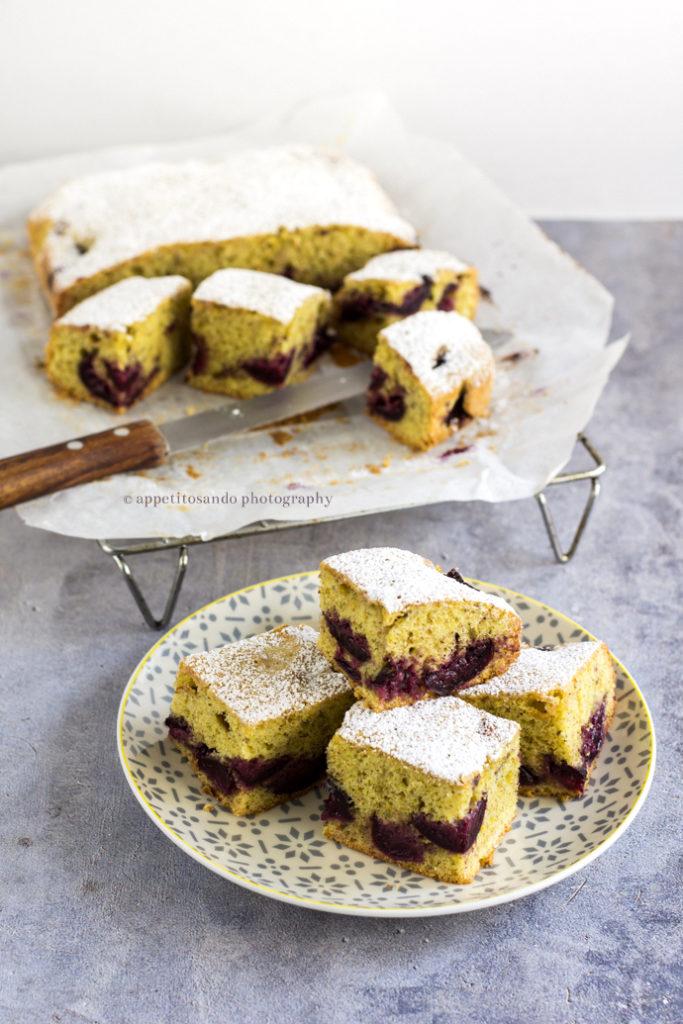 torta di pistacchi e ciliegie